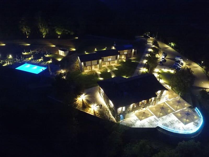 Borgo Rossi Agriturismo Relais con camere piscina spa e ristorante