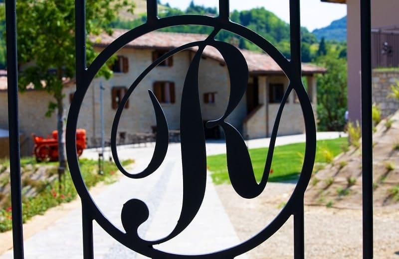 Borgo Rossi a Brisighella foto di esterni